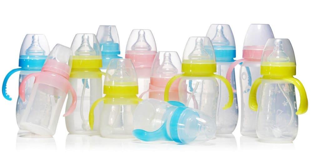 Как кормить новорожденного из бутылочки смесью правильно