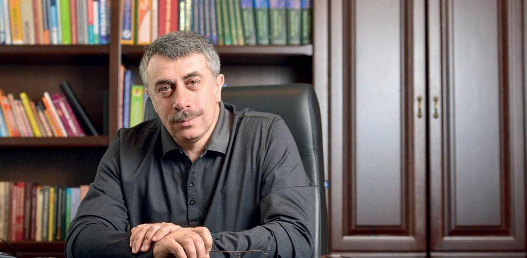Мнение специалиста что говорит о прививках для детей доктор Комаровский