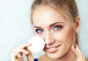 Средства для омоложения лица: крема, мази и профессиональная косметика