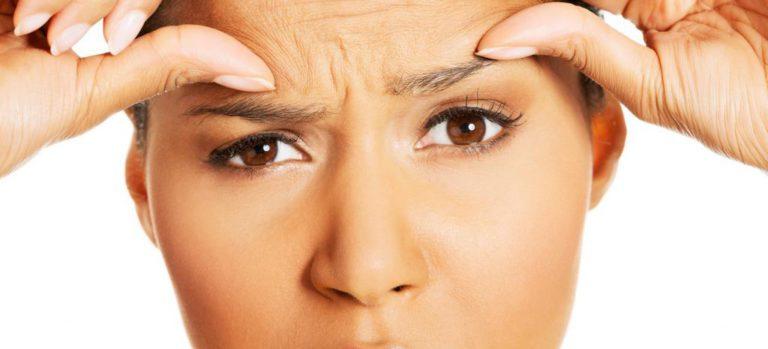 Морщины на лбу: причины и как убрать