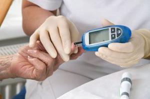 Измерение сахара в крови глюкометром и его характеристика