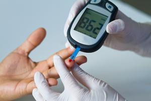 Сахар в крови: норма, как определить, измерение сахара глюкометром