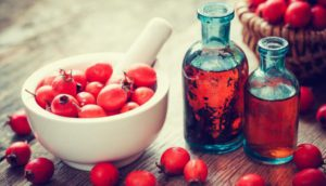 Настойка боярышника: польза, лечебные свойства, как принимать, от чего помогает и противопоказания