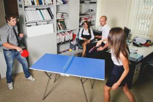 Настольный теннис на работе