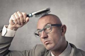 Выпадение волос у мужчин: причины, лечение и средства