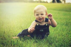 Первая помощь ребенку летом