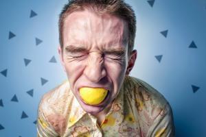 Изжога: симптомы, причины, последствия и лечение