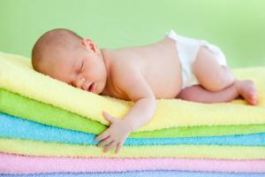 Какой крем под подгузник лучше для новорожденных