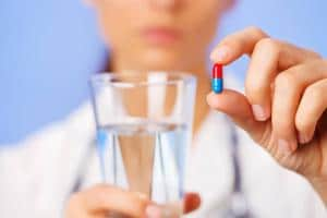 Антибиотики при простуде: список для взрослых и детей