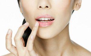 Средства по уходу за губами