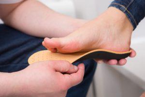 Ортопедические стельки: для чего нужны взрослым и детям, как выбрать и отзывы