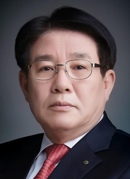 Джун Хи Ли (Jung Hee Lee), генеральный директор и президент Yuhan Corporation