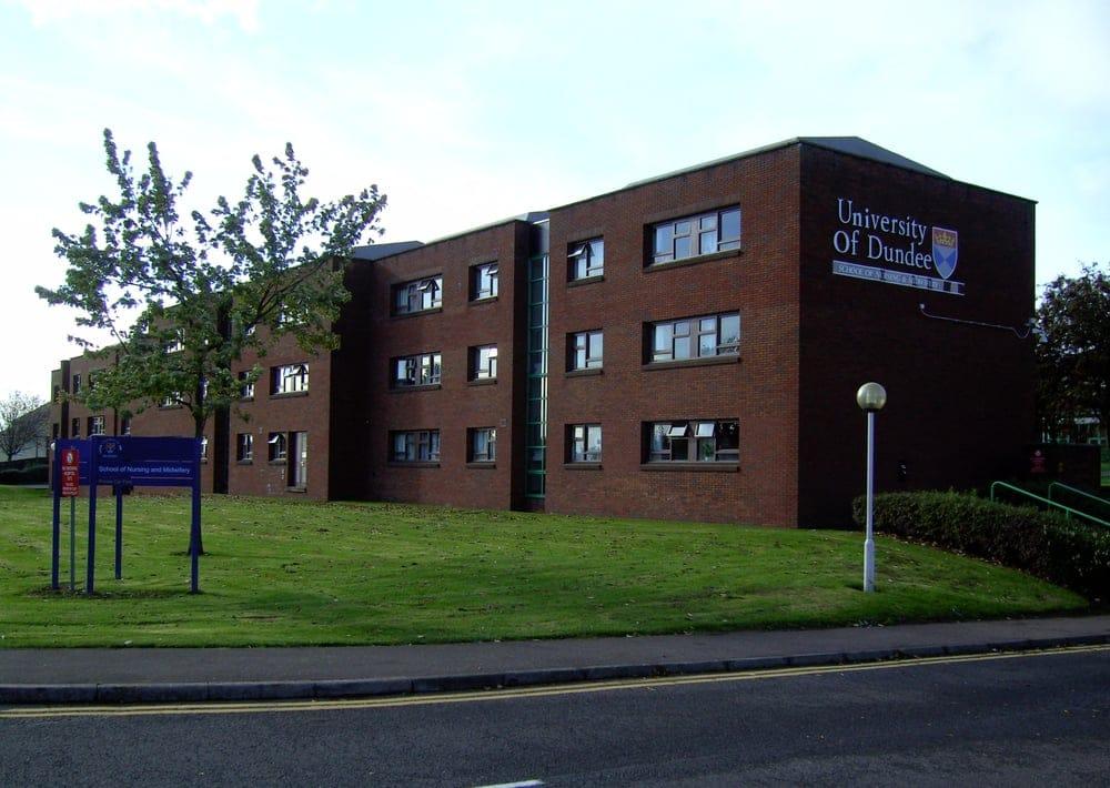 Университет Данди (University of Dundee)