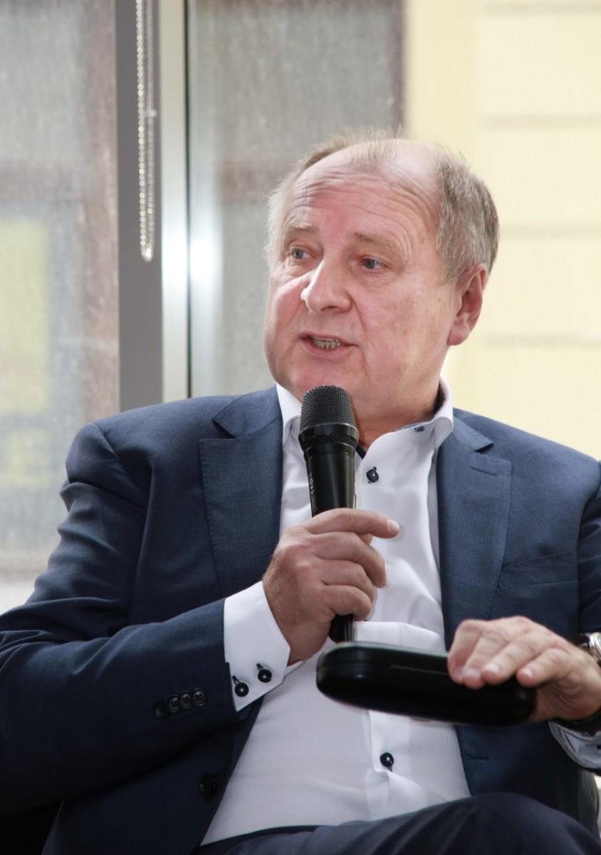 Владимир Шипков, исполнительный директор Ассоциации международных фармацевтических производителей (AIPM)