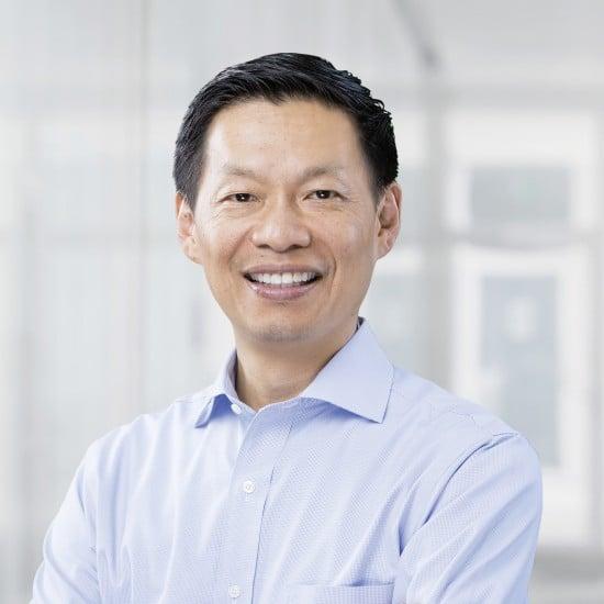 """Джон Цай (John Tsai), руководитель отдела глобальных разработок лекарственных средств и глобальный медицинский директор компании """"Новартис"""""""