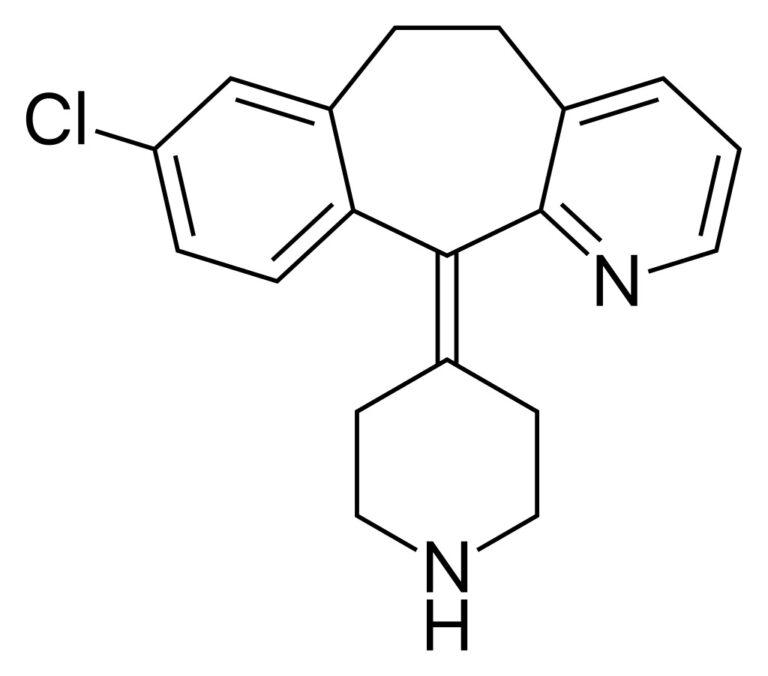 Структурная формула Дезлоратадина C19H19ClN2