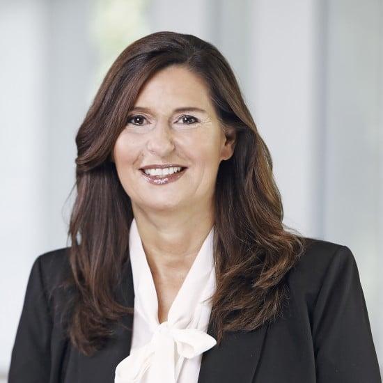 """Сюзанна Шафферт (Susanne Schaffert), президент дивизиона онкологических препаратов """"Новартис"""""""