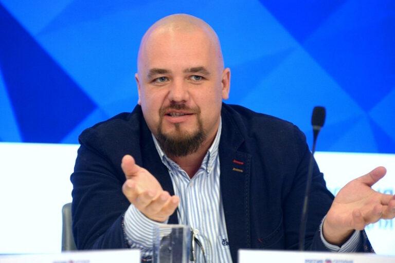 Родин Кирилл Сергеевич, директор по работе с органами государственной власти Всероссийского центра изучения общественного мнения (ВЦИОМ)