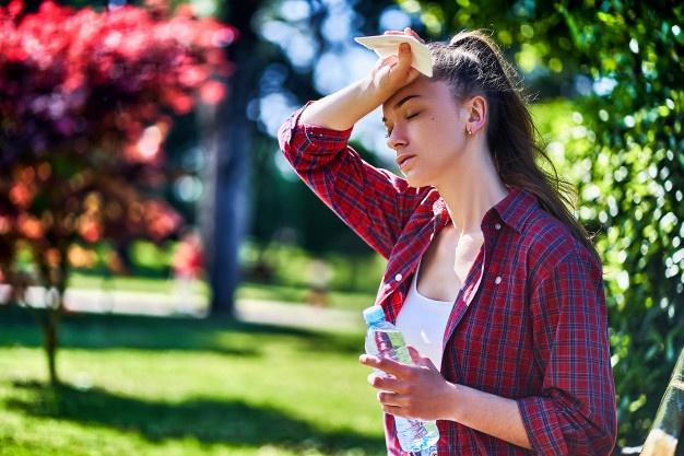 Как пережить жару без вреда для здоровья