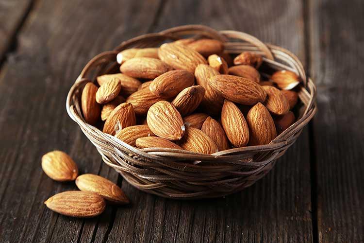 Миндаль: польза питательного ореха